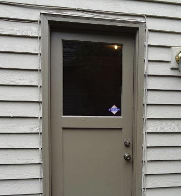 door-with-rotten-brickmould